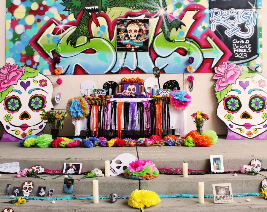 Dia+De+Los+Muertos+Celebrated